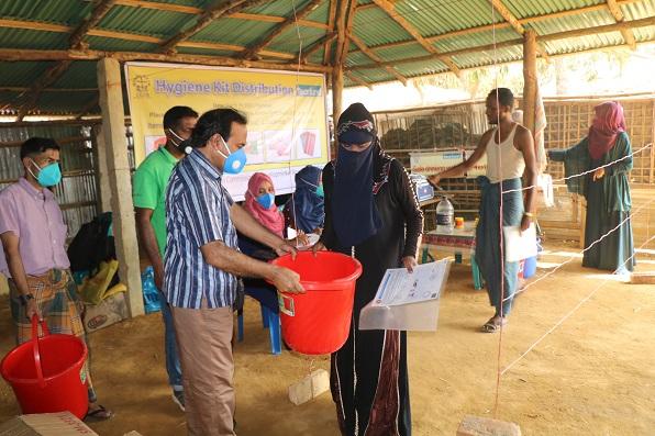 CCDB_2_Hygine-Kit-Rohingya-Camp.JPG