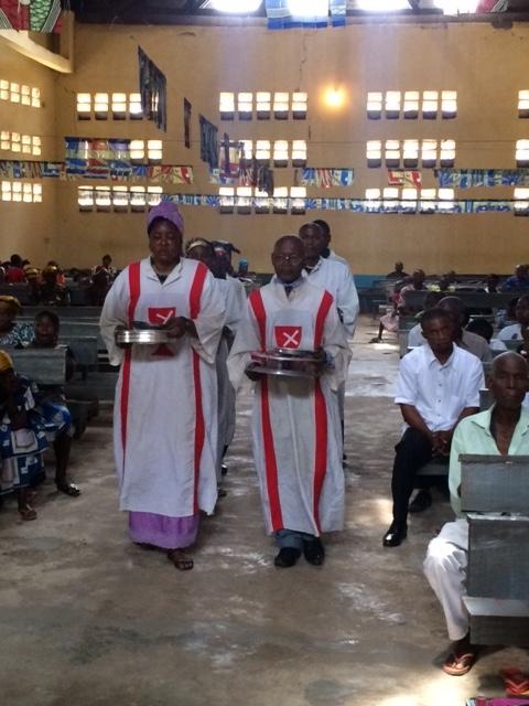 Congo_Communion_Paul_Turner_IMG_3463.jpeg