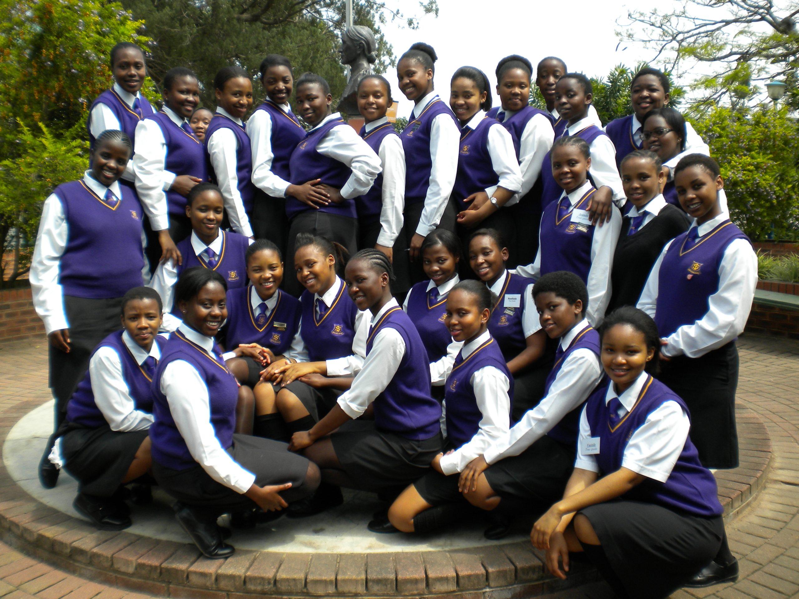 Inanda_Seminary_Seniors_2010.JPG