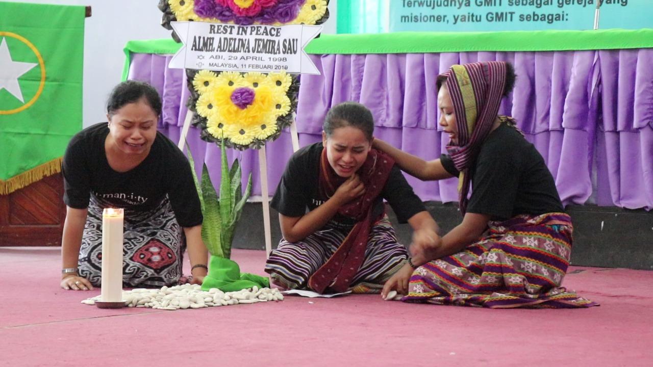 Indonesia_Karen_Campbell_Nelson_Dramatization_of_mourning_for_Adelina.jpeg