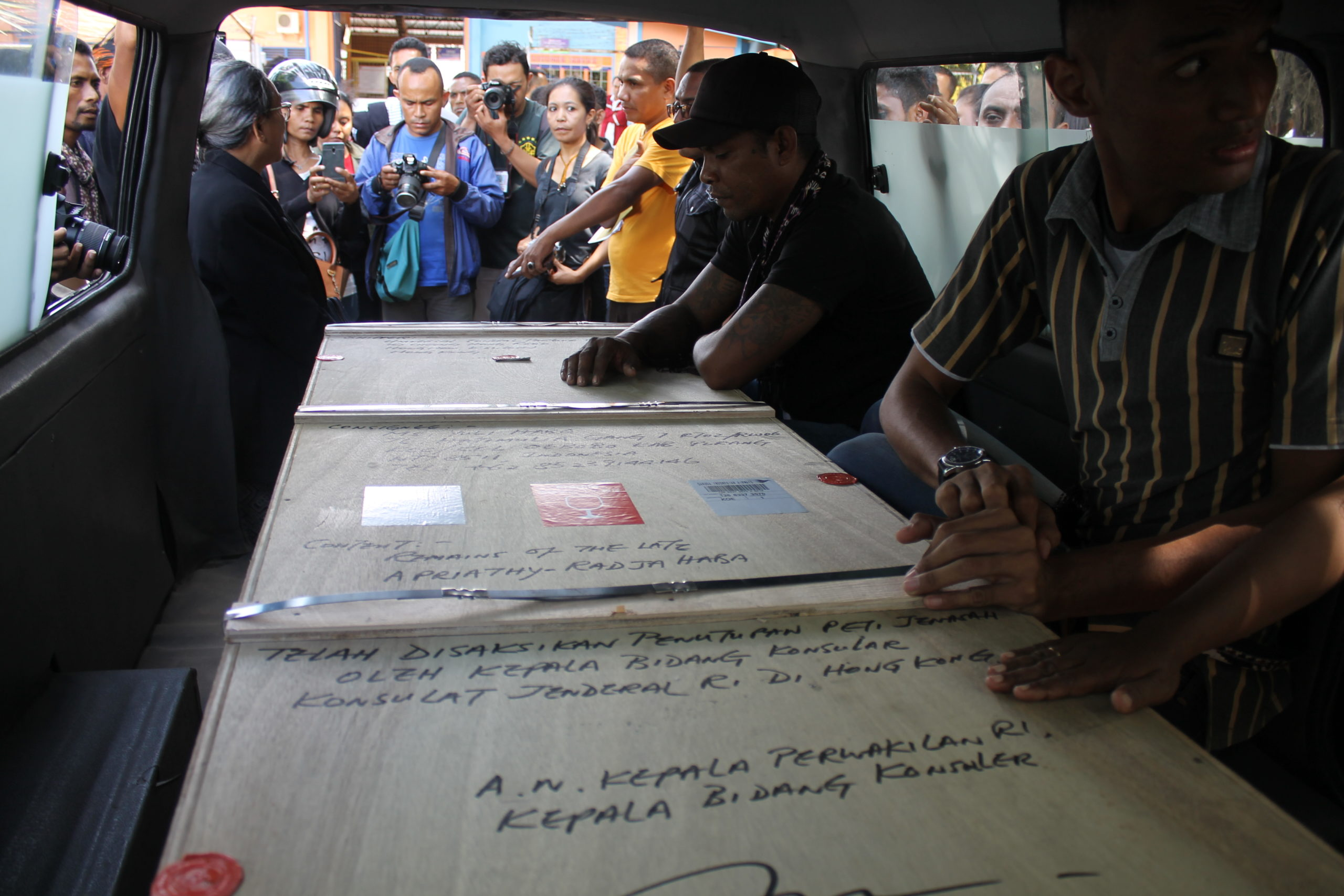 indonesia_karen_campbell_nelson_coffin_in_hearse.jpeg