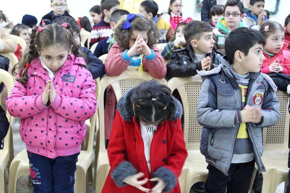 praying_kids_Syria.jpg